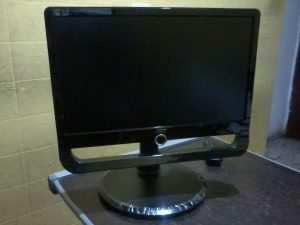 monitor-aoc-f19l-19-pol-lcd-wide-impecavel-e-base-ajustavel-949211-MLB20524226450_122015-F
